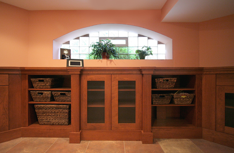 Basement Built-ins in Arts and Crafts