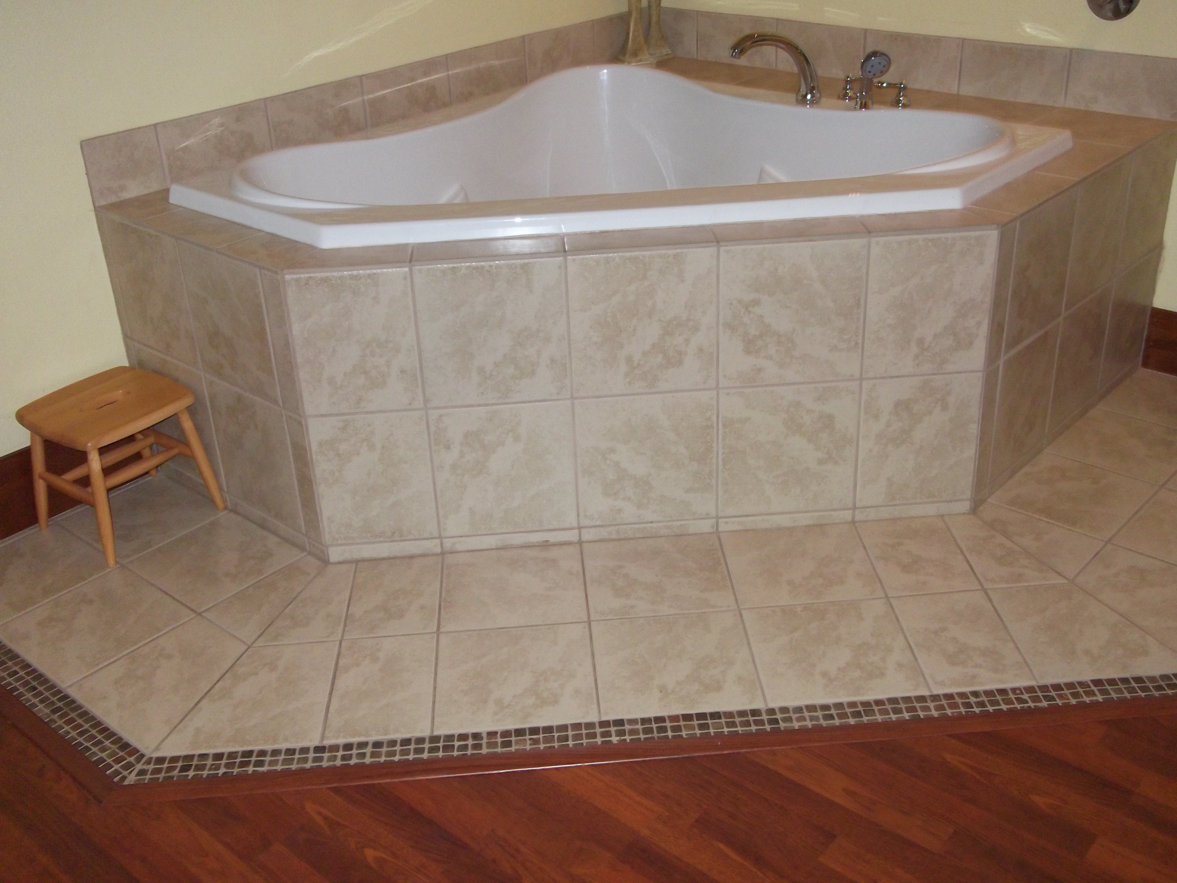 Radiant heating pros and cons for your bathroom floor angies list home design idea - Radiant floor heating pros and cons ...