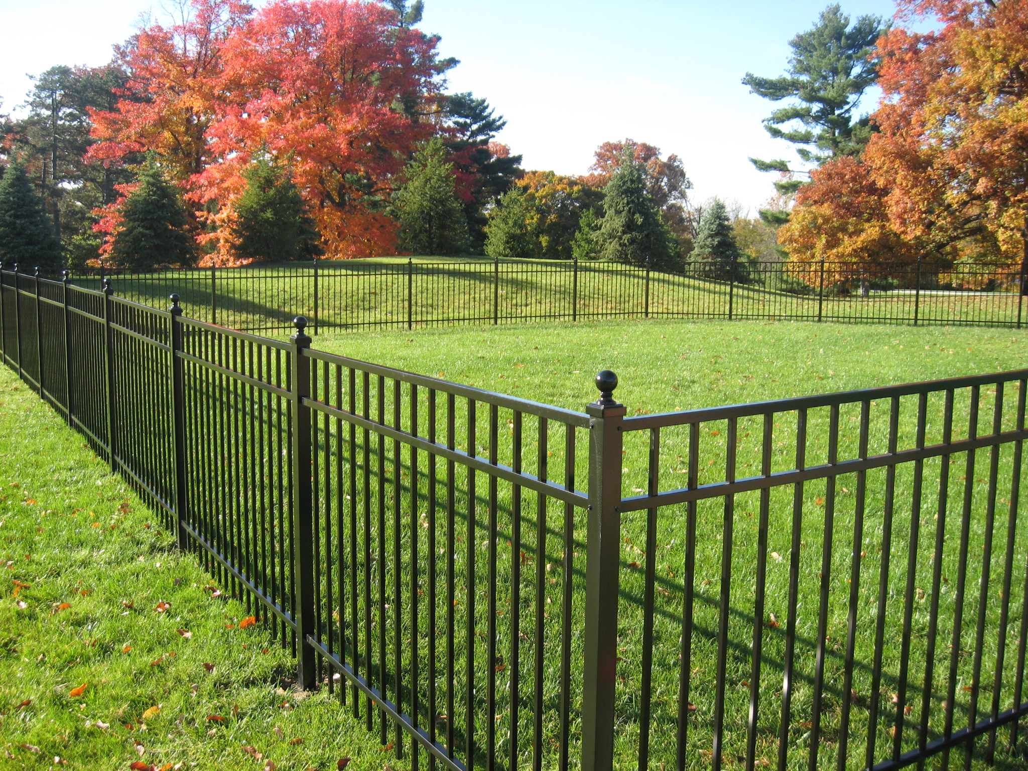 Pioneer fence co milford oh 45150 angies list for Barriere de piscine