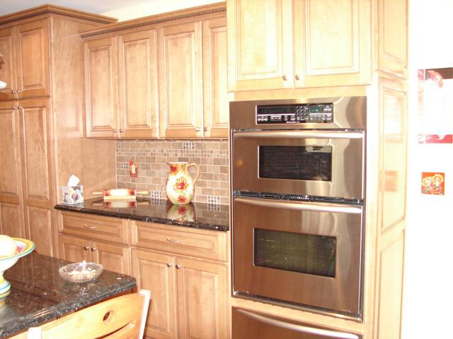 Frey construction home improvements llc prairie du sac for 1 kitchen sauk city wi