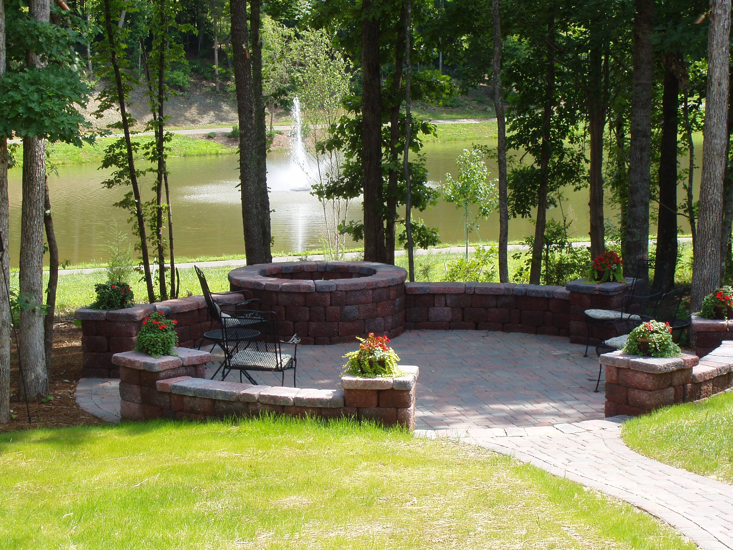 Legacy landscaping inc indian trail nc 28079 angies list for Rosewood garden designs