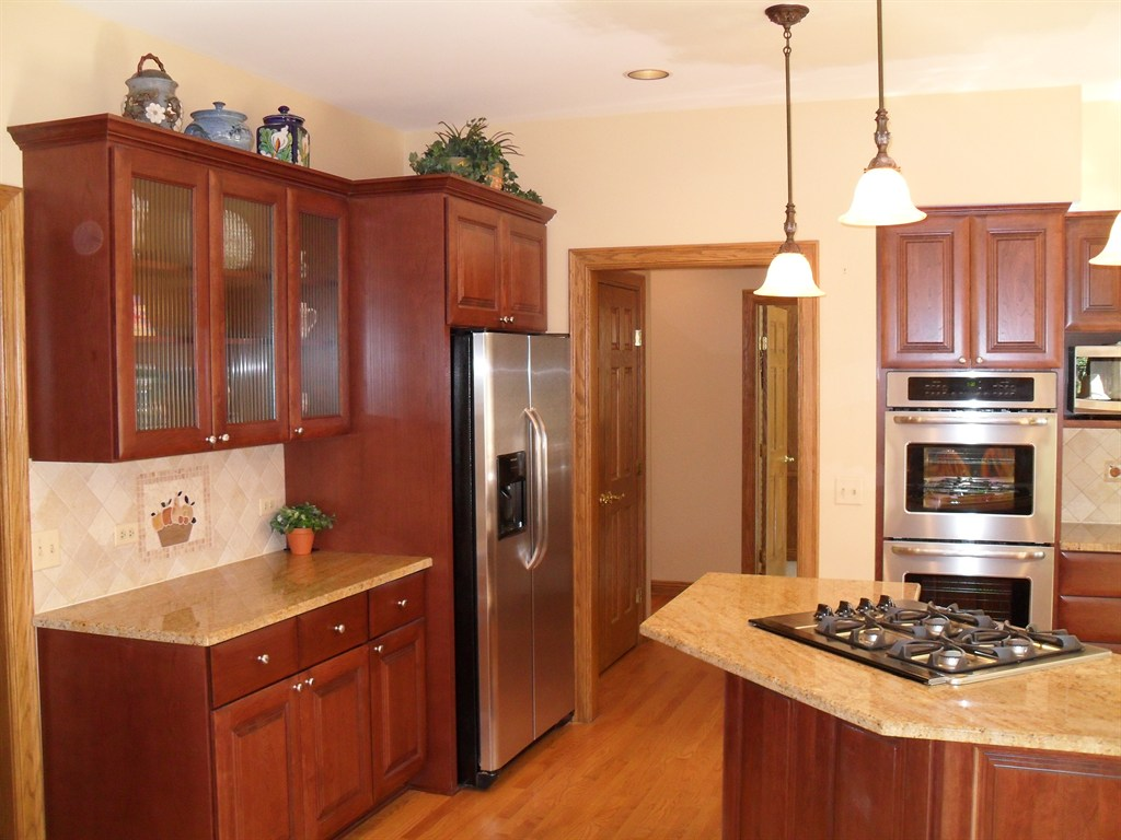 Installing Kitchen Cabinets Light Electric Should Be Done