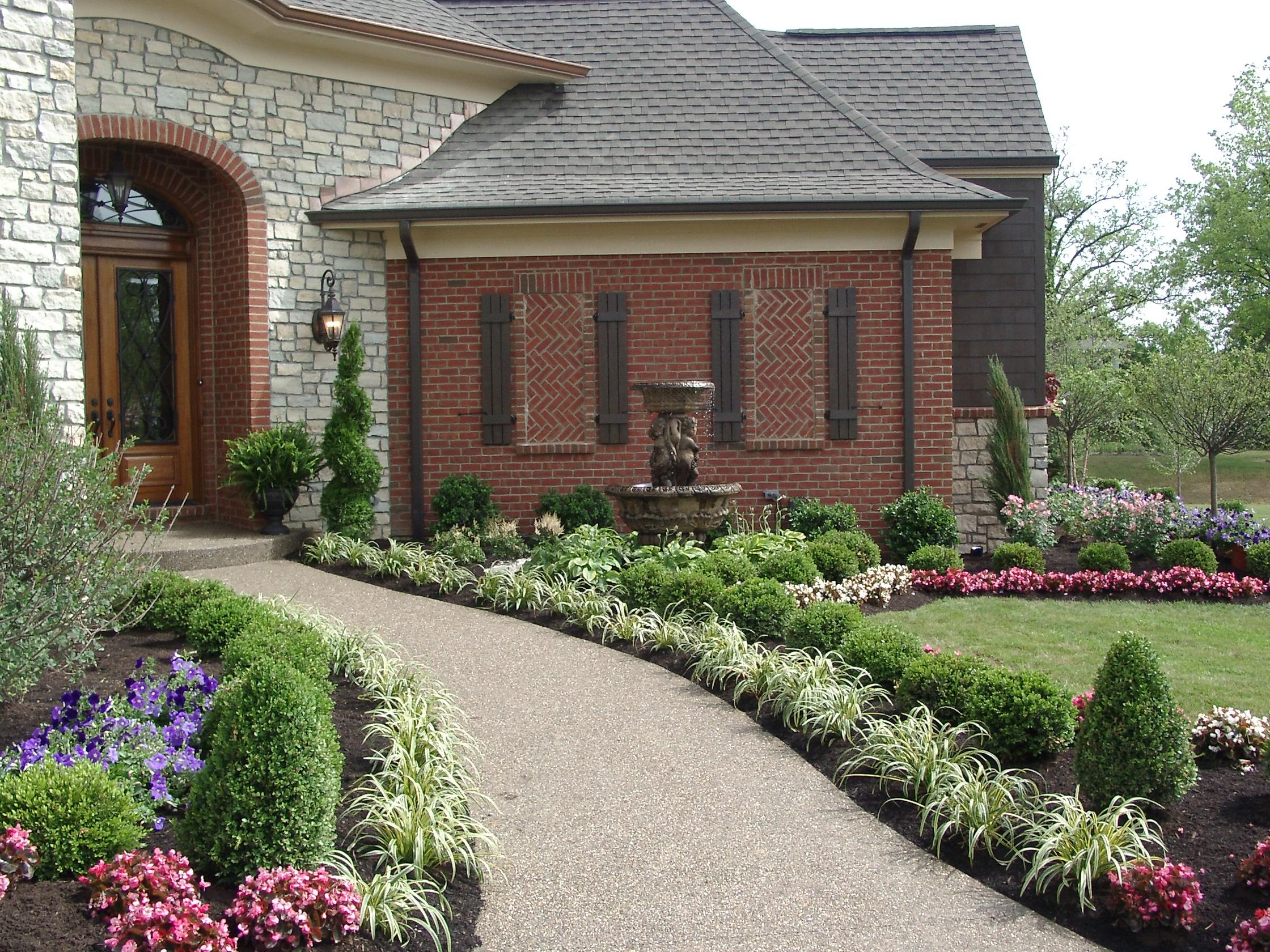 LICHTENBERG LANDSCAPING INC | Mason, OH 45040 | Angies List on Backyard Entryway Ideas id=83837