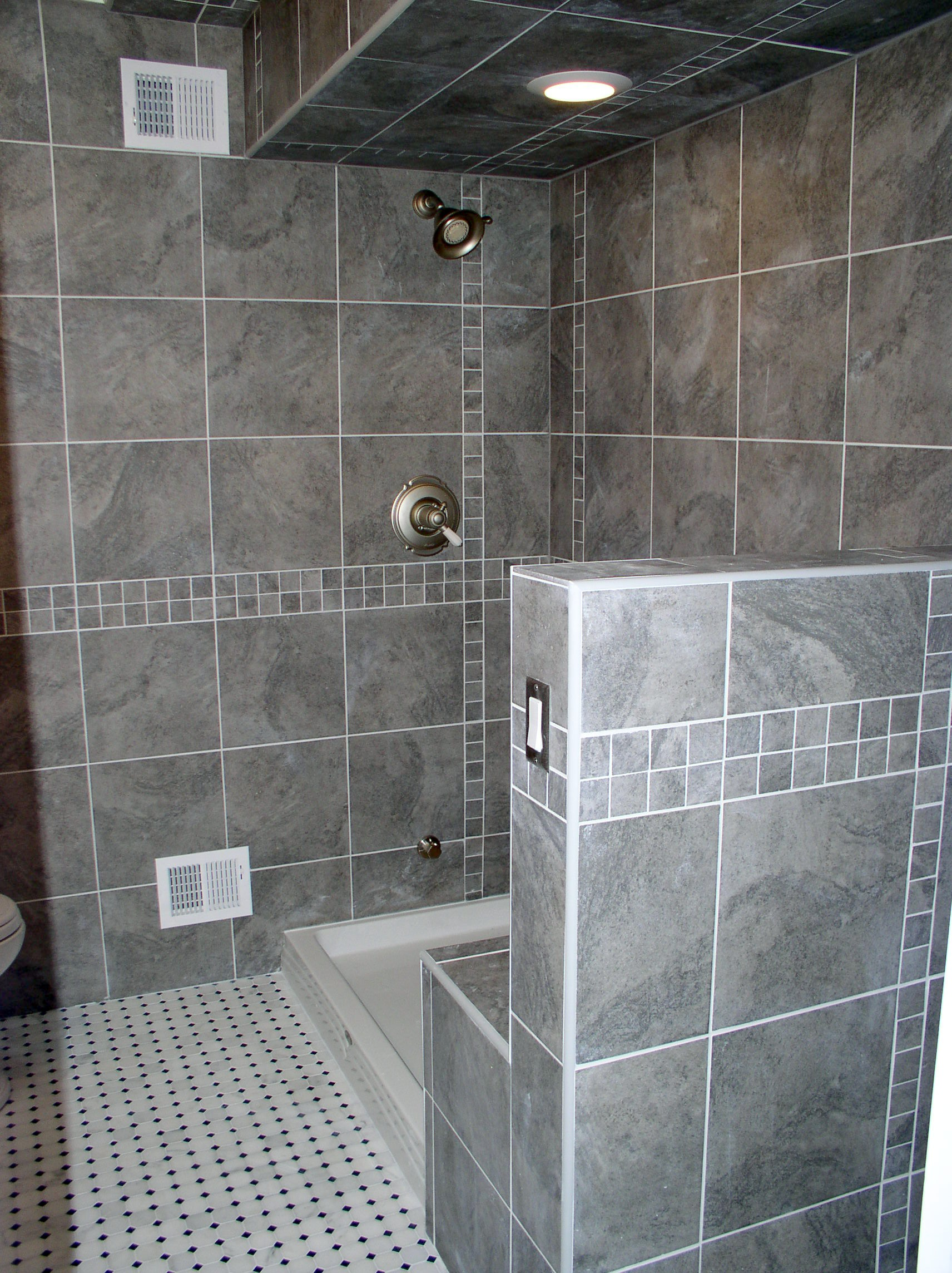 Gaby Bathroom