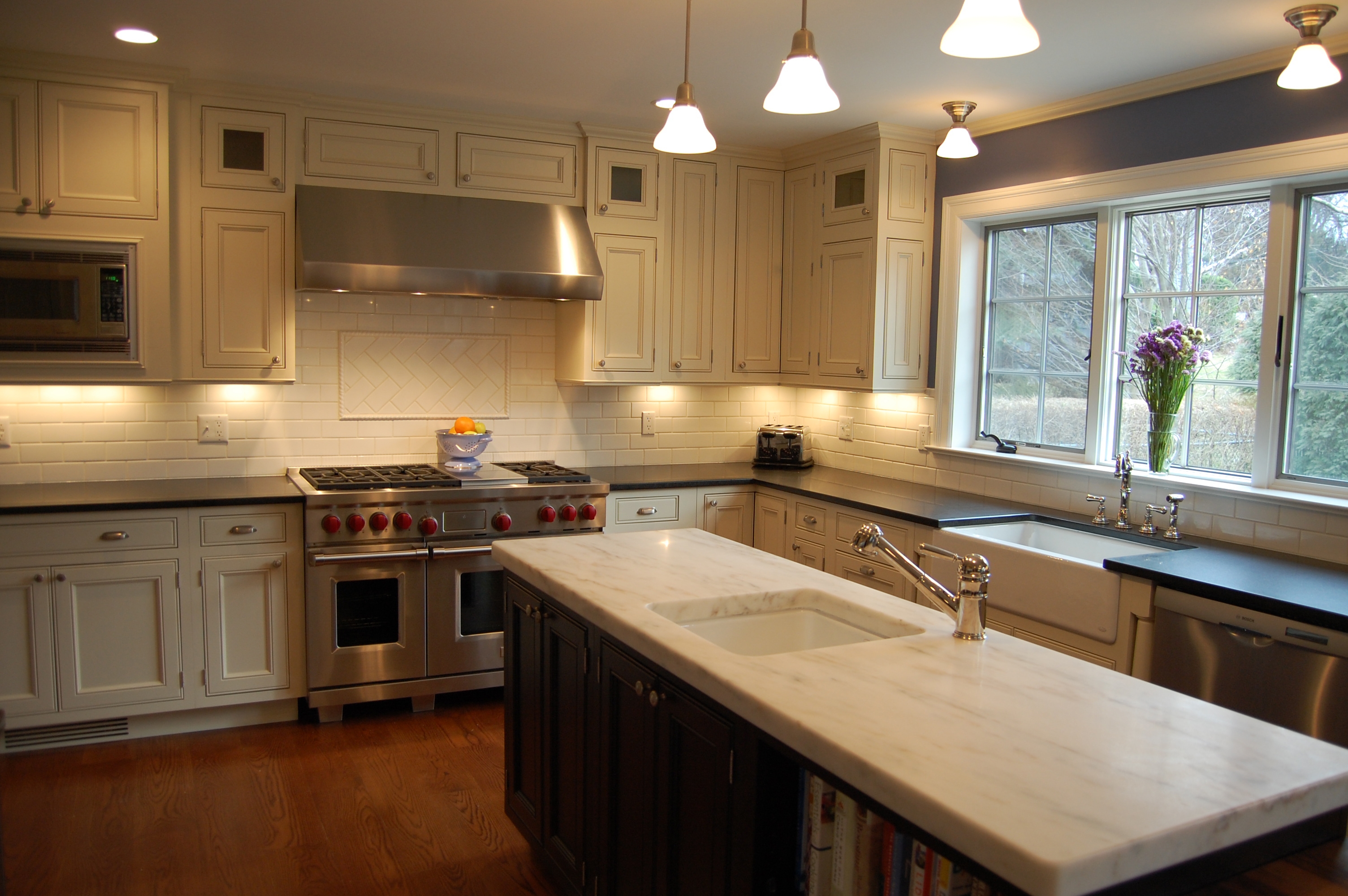 Kitchens by frankie larchmont ny 10538 angies list for Kitchen cabinets yorktown ny