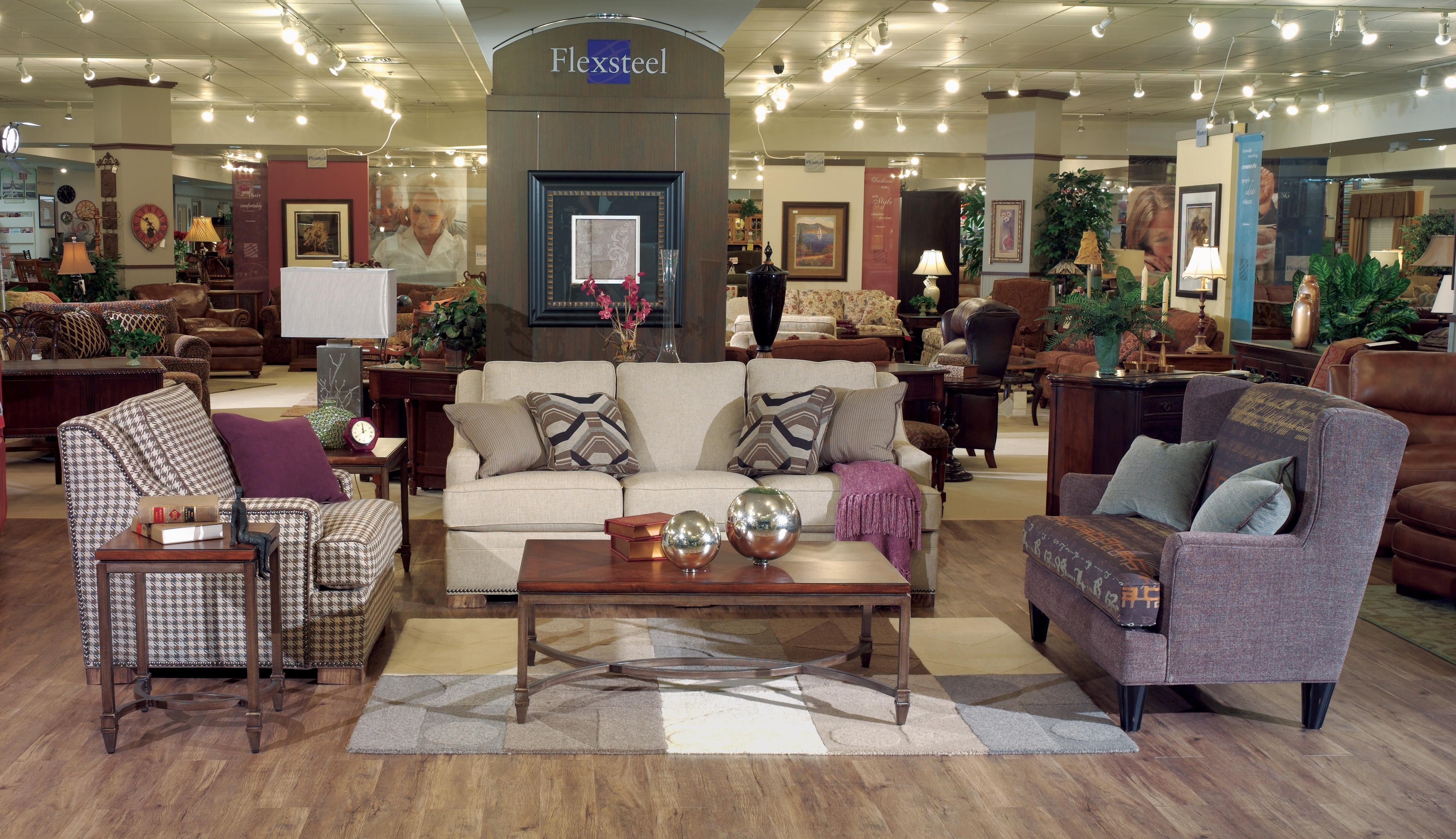 Floor Show Corporation Warehouse Dubuque Ia 52002