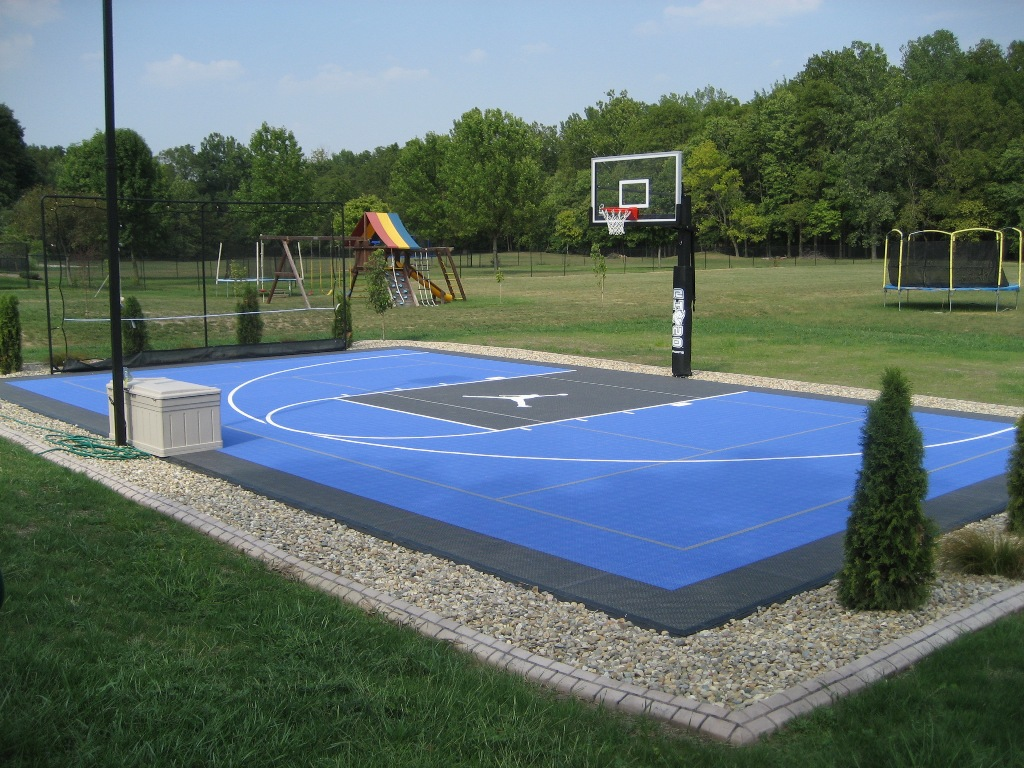 Rhino courts of indianapolis brownsburg in 46112 for Indoor basketball court installation