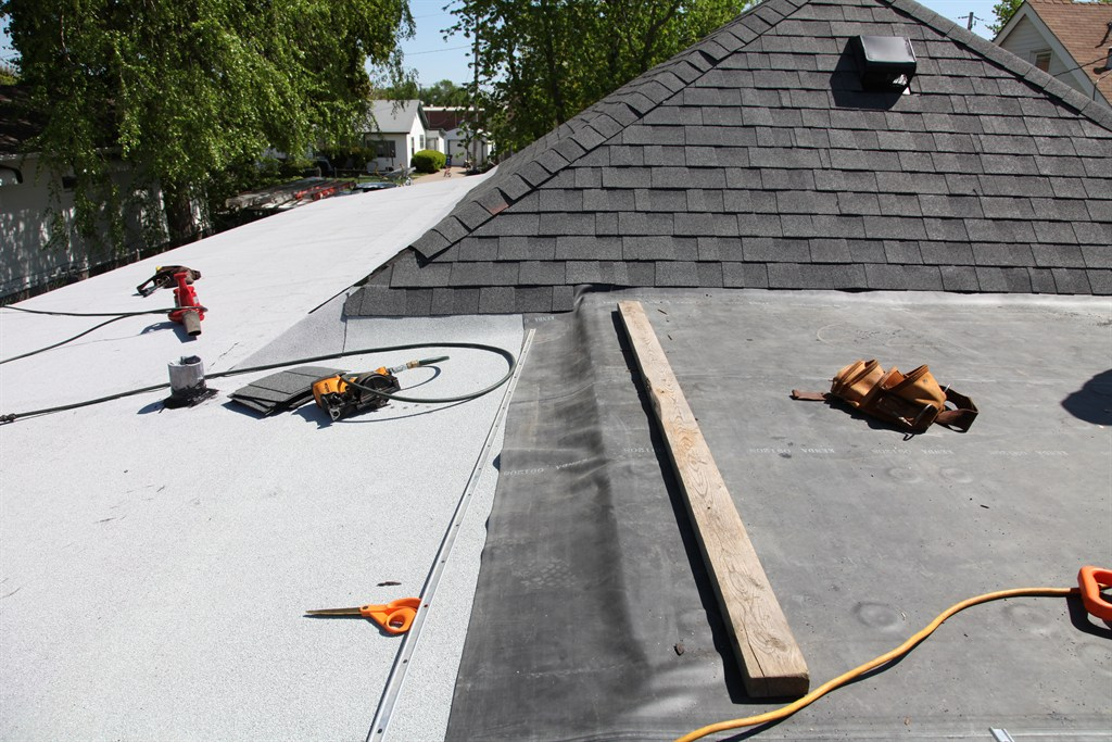 Green Valley Roofing Siding Windows Bettendorf Ia 52722