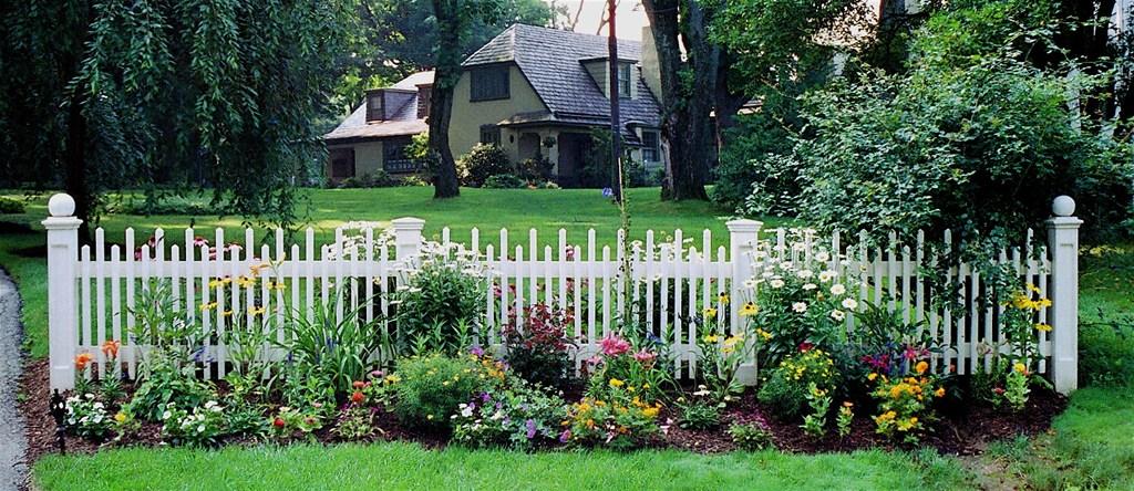 white picket garden fence 2
