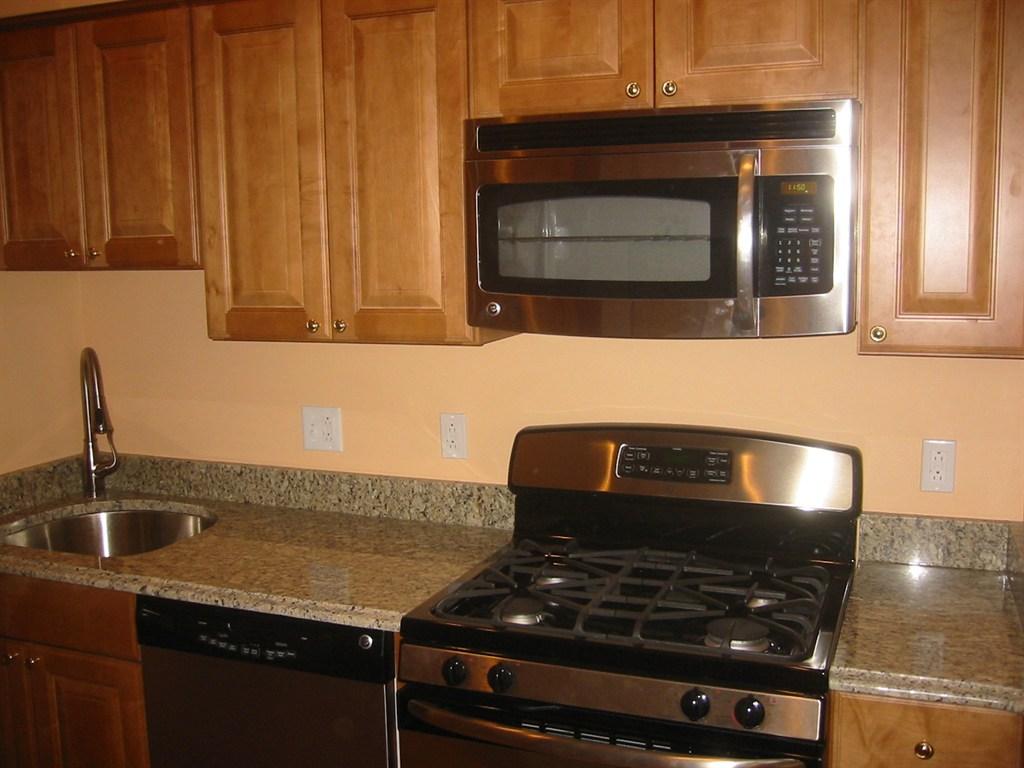 granite countertops & appliances.