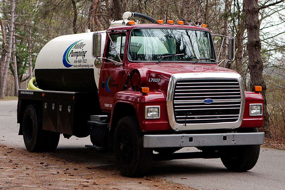 Holland, Mi septic tank cleaning