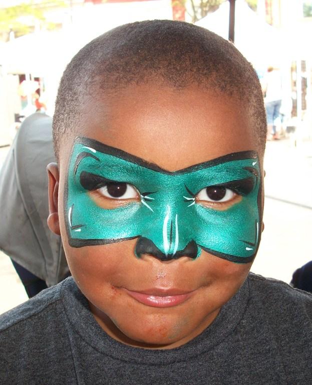 Green lantern mask face paint - photo#28