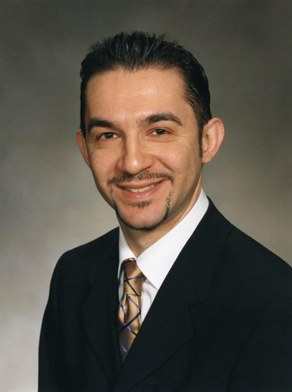 Dr. <b>Artin Manoukian</b> - 09203521-c1c2-42a0-875b-5d91049a8442