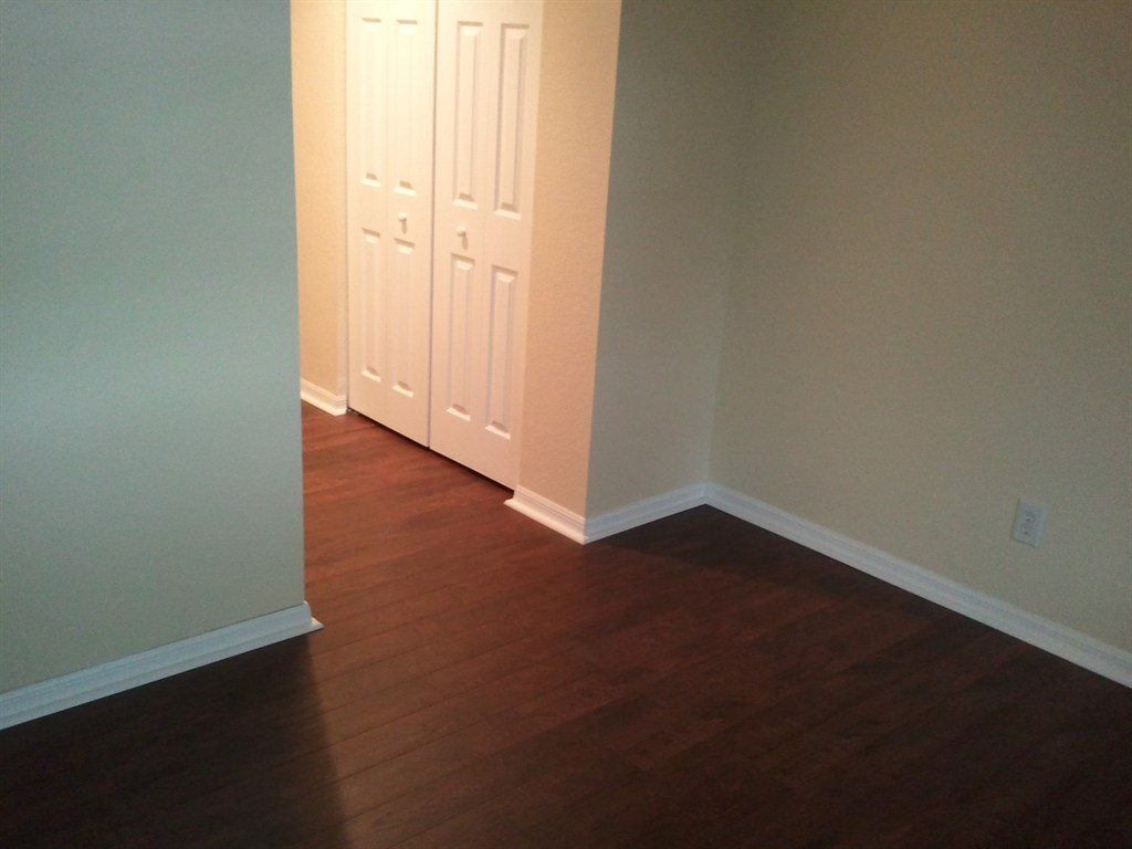 Laminate Flooring Separating