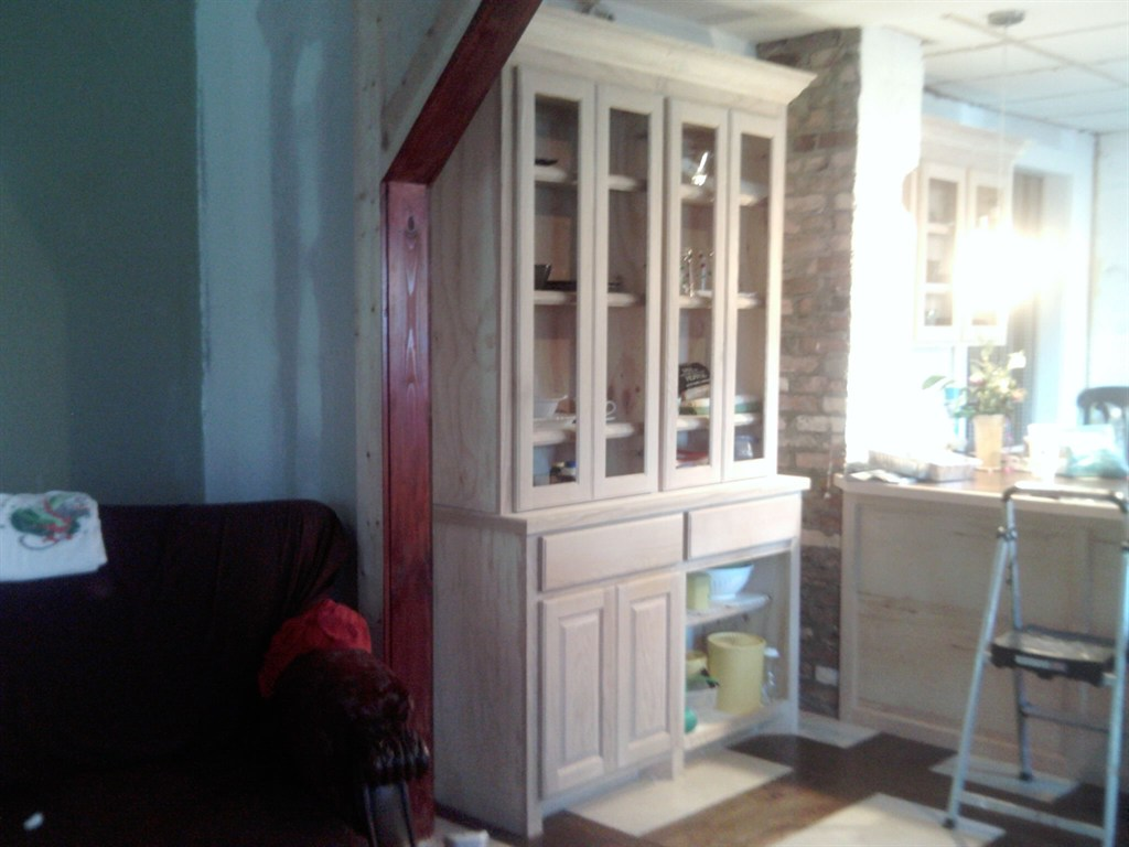 Custom Kitchen Hutch