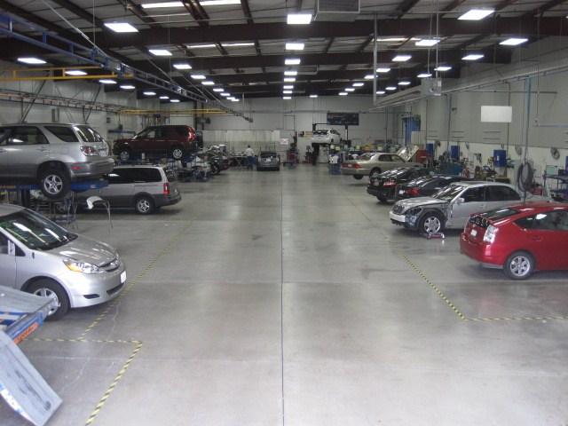 Freeman Collision Center Auto Body Repair Shop For