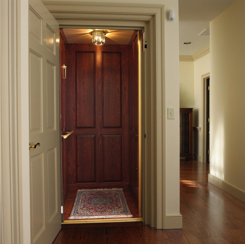 Custom home elevator lift co inc cincinnati for Custom home elevator