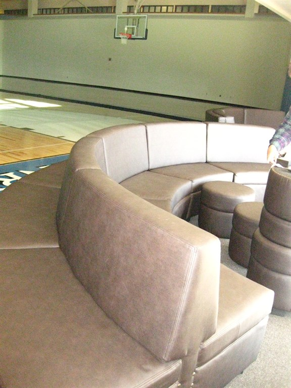 Reupholster couch cushions video games