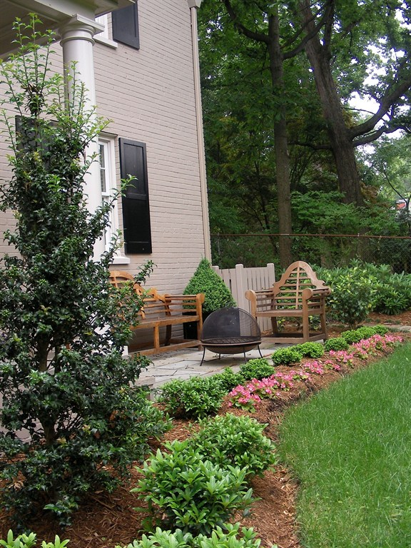 Landscaping of a side yard