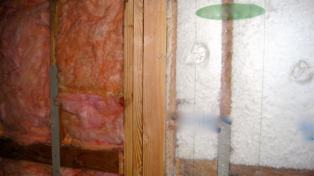 Unfaced Batt Insulation and Blown in Blanket System