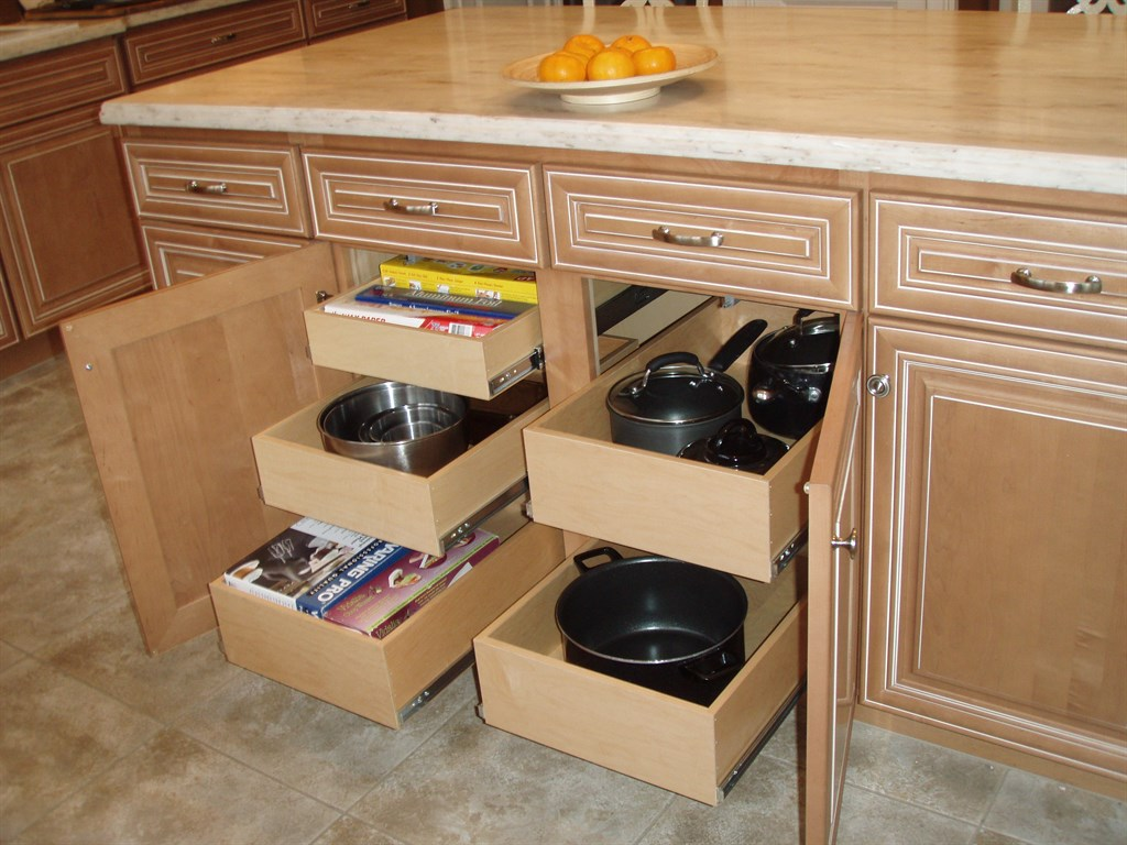 custom pull out shelves llc chester heights pa 19017