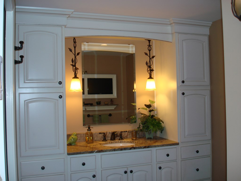 Remodeling contractor articles for Cabinets for less