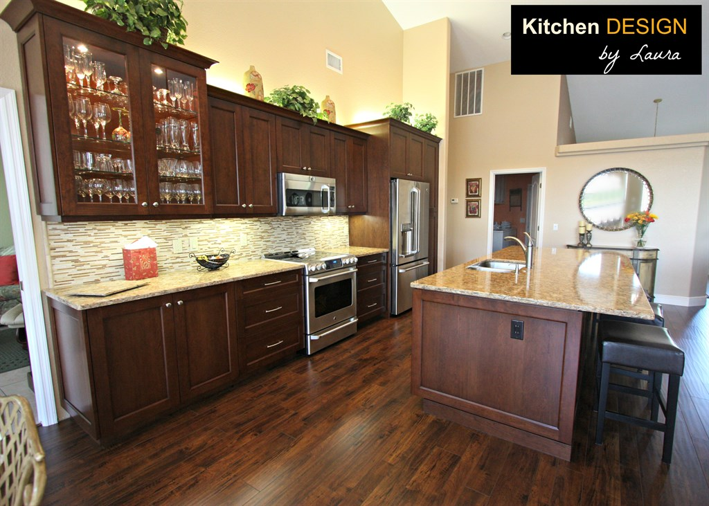 Kitchen design by laura llc sarasota fl 34240 angies list for Kitchen cabinets venice fl