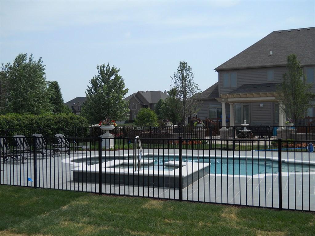 Cedar Rustic Fence Co Joliet Il 60435 Angies List