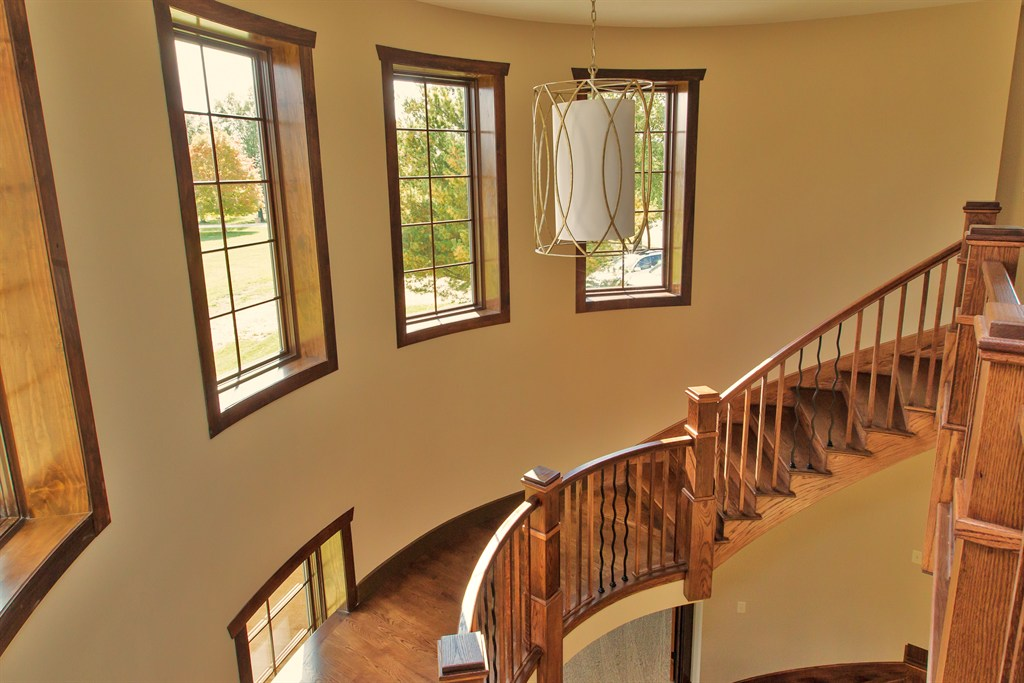 Snl painting inc saint peters mo 63376 angies list for Combining stained and painted trim