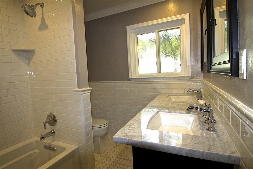 Lafayette Bath