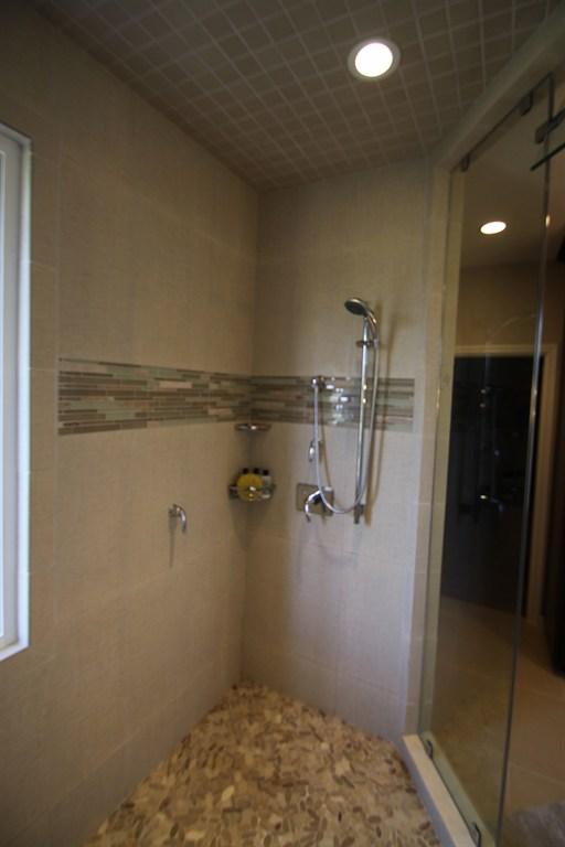 Alamo Shower