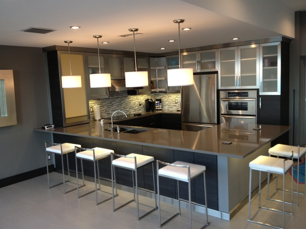 Kitchen tune up pembroke pines fl 33084 angies list for Black metal kitchen cabinets