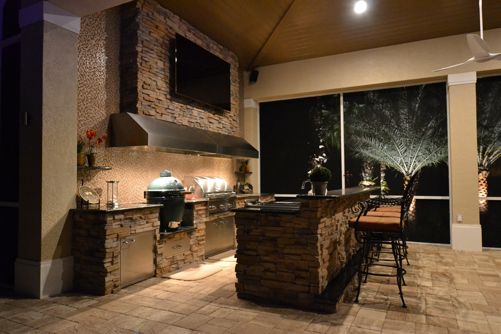 Premier outdoor living design largo fl 33771 angies for Outdoor kitchen designs florida