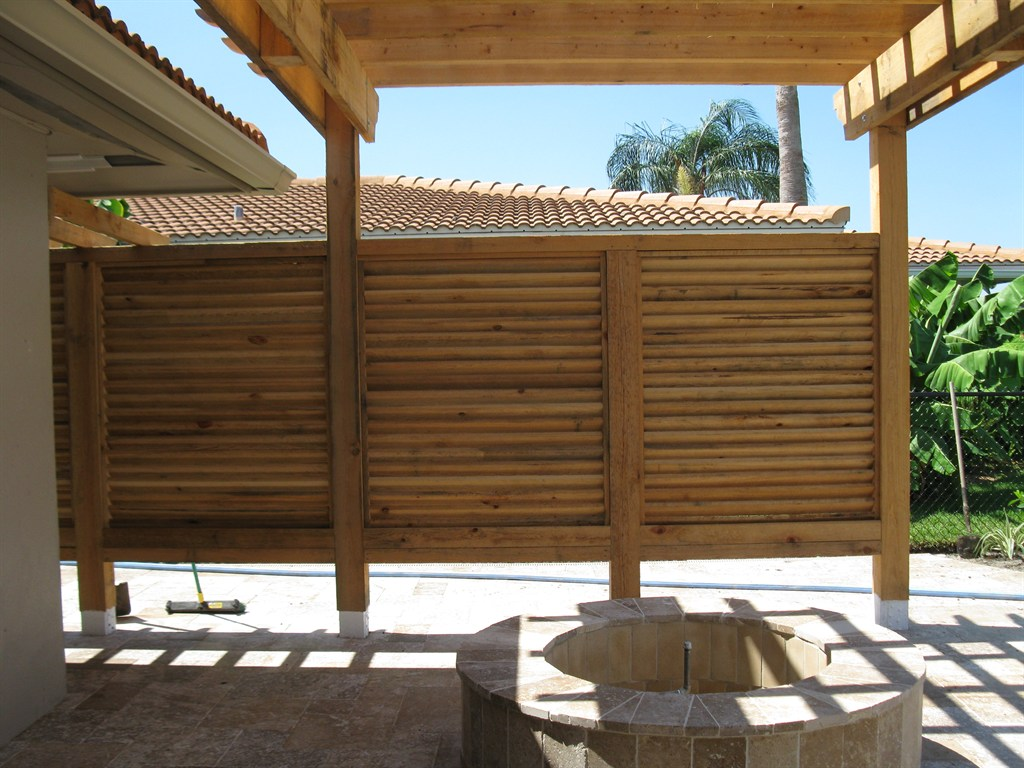 Louvered Panels/Arbor