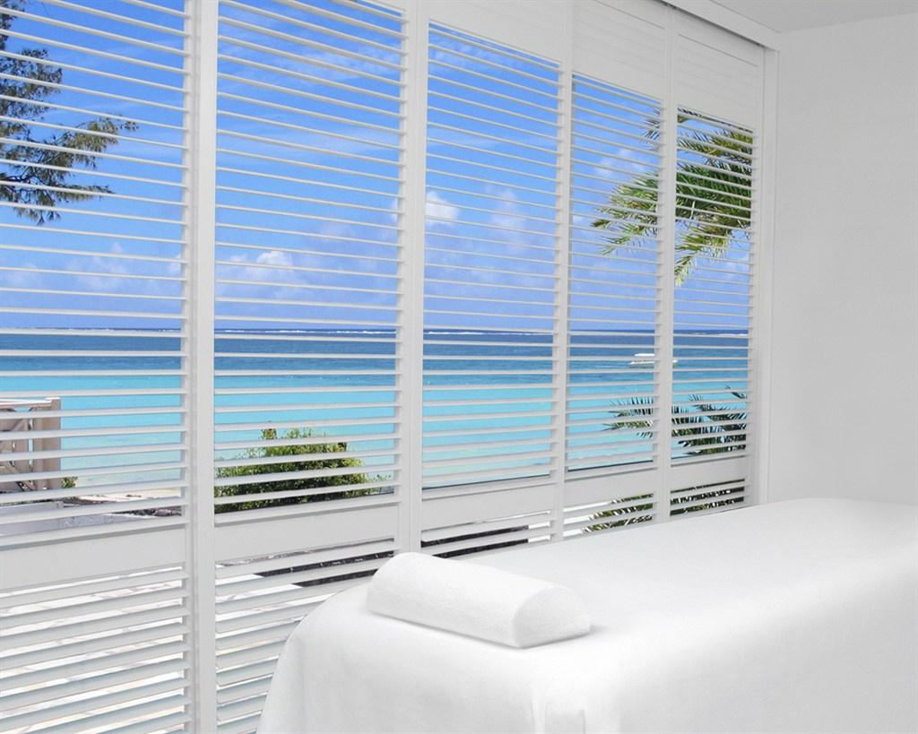 Royal window coverings inc san diego ca 92111 angies for 12 500 commercial window coverings inc