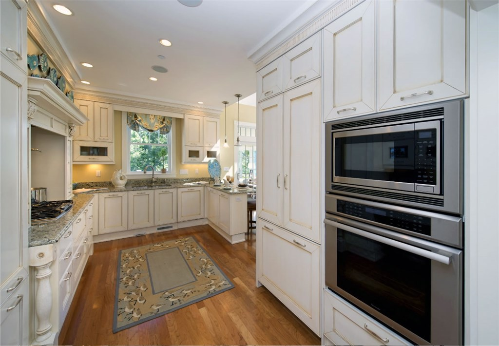 Model Interior: Kitchen