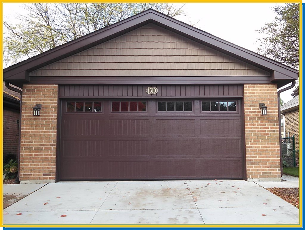 771 #BC9B0F Ultimate Remodelers Inc Lombard IL 60148 Angies List pic Dark Brown Garage Doors 37611024