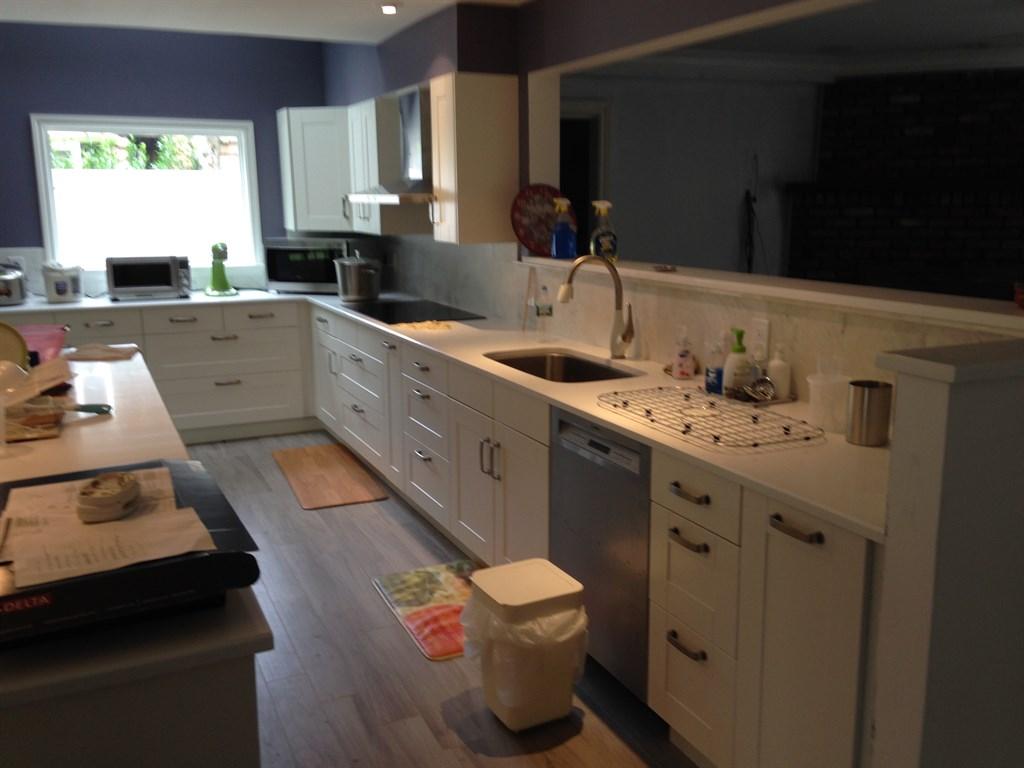Contemporary kitchen 3