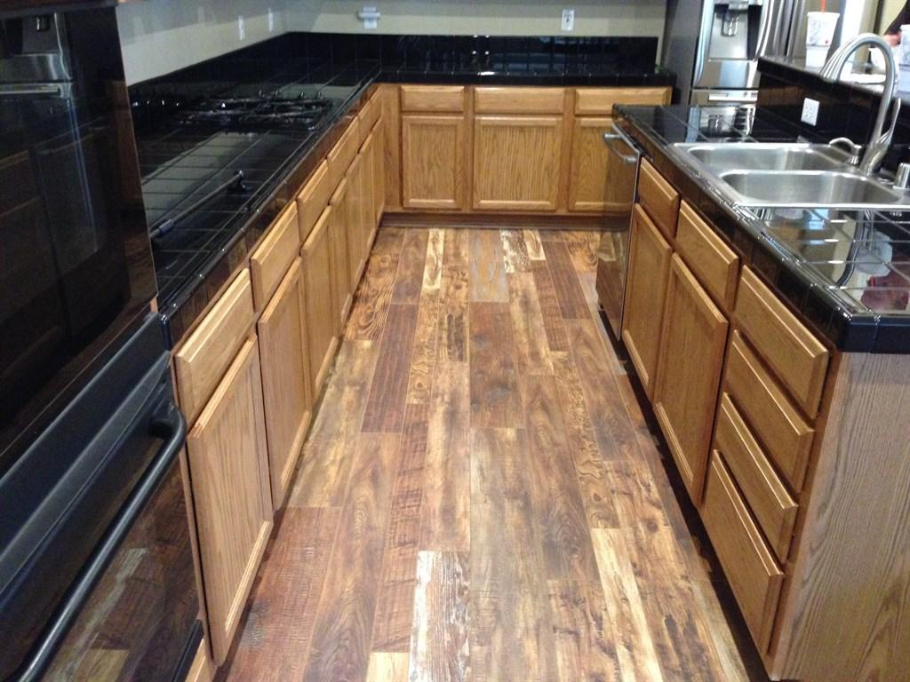 Expert flooring solutions las vegas nv 89118 angies list for Expert flooring solutions