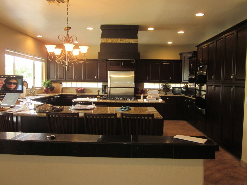 Better homes cabinets granite llc phoenix az 85015 for Better bath remodeling