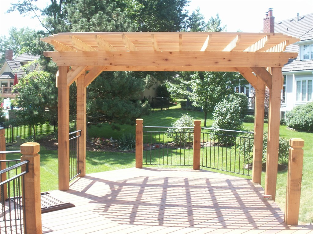 Cedar Pergola and Deck-Leawood, KS