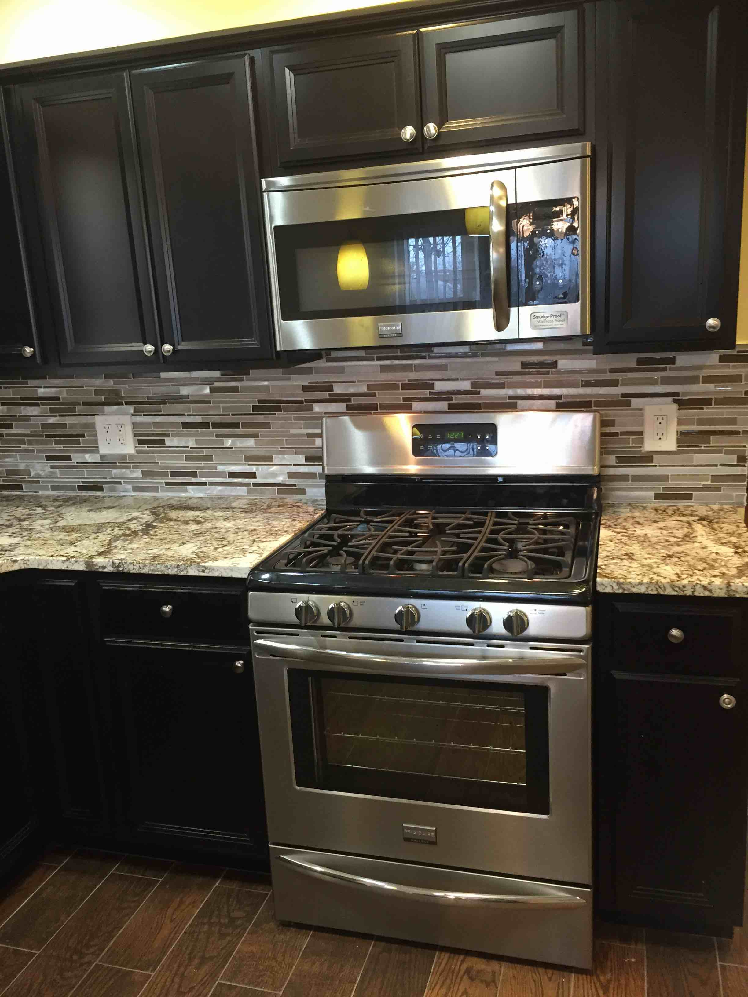 Granite countertops and new floors