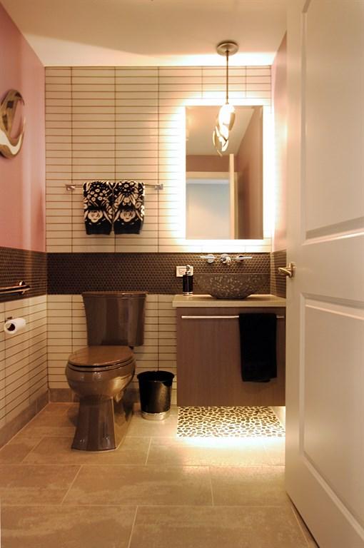 Randolph St. Bathroom