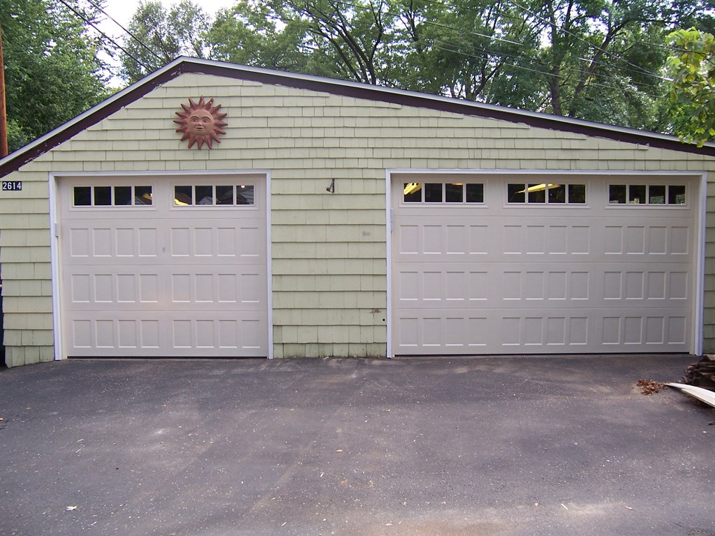 Reliable garage door minneapolis mn 55441 angies list for Garage doors blaine mn