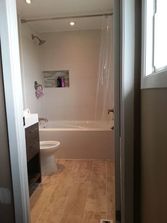Interior renovations llc virginia beach va 23451 for Bathroom remodel virginia beach