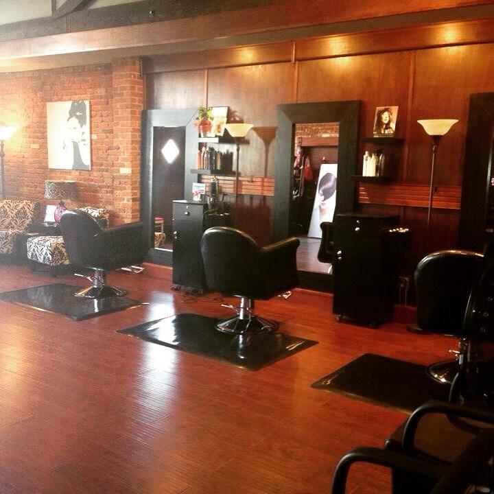 Patti usselman hair company salon and spa spokane wa for Hair salon companies