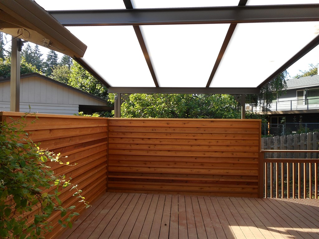 Deck masters llc portland or 97211 angies list for Balcony covers for privacy